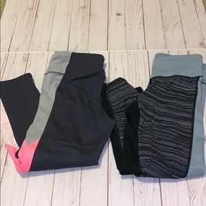 2 pairs on cropped leggings